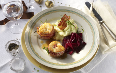 Putenmedaillons in Speck mit Roter Beete